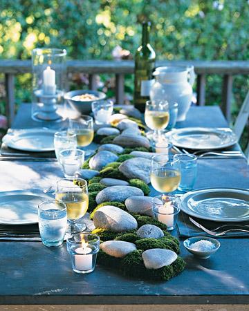 Оформление летнего садового столика