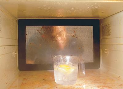 как очистить микроволновку, очистить свч-печь, убрать жир с микроволновки, очистить жир