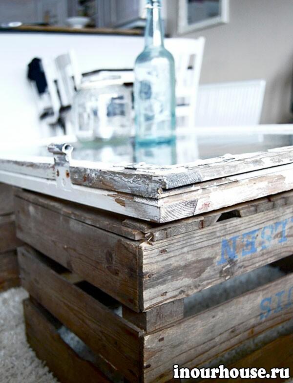 Самодельный журнальный стол из старой оконной рамы